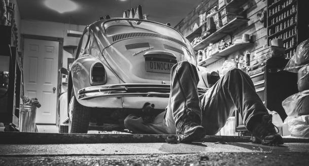 VW Käfer in der Werkstatt